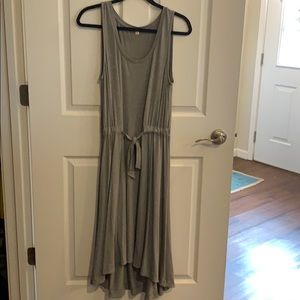Gray heather sleeveless hi-lo dress tie belt